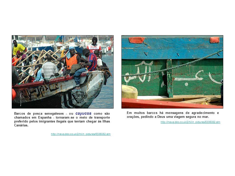 cayucos Barcos de pesca senegaleses - ou cayucos como são chamados em Espanha - tornaram-se o meio de transporte preferido pelos imigrantes ilegais que tentam chegar às Ilhas Canárias.