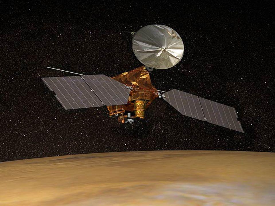 (SHAllow RADar) Este radar irá pesquisar por baixo da superfície marciana e procurar por água no estado sólido ou liquida a profundidades até cerca de