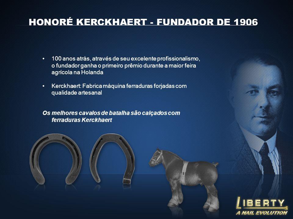 100 anos atrás, através de seu excelente profissionalismo, o fundador ganha o primeiro prêmio durante a maior feira agrícola na Holanda Kerckhaert: Fabrica máquina ferraduras forjadas com qualidade artesanal Os melhores cavalos de batalha são calçados com ferraduras Kerckhaert