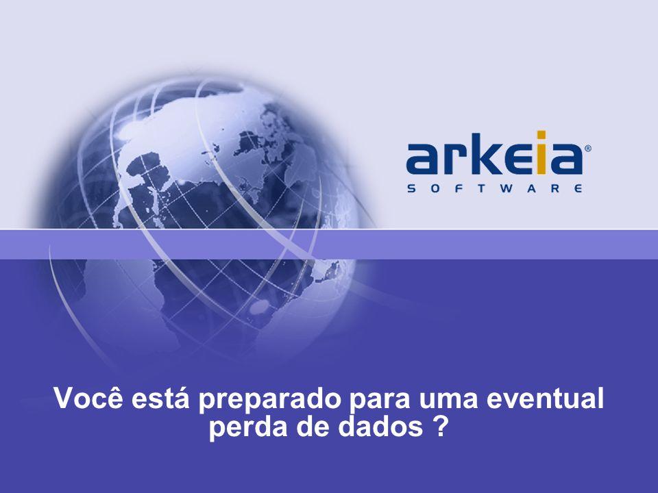 © 2010 Arkeia Software, Page 2 Arkeia Software Overview Empresa –Fundada em1996 –Sedes em San Diego, California Escritório em: Vale do Silício, Paris, Berlin Clientes –7,000 Clientes em 70 paises –Governo, educacional, Saude, Ciência e Tecnologia Diferenciais –Rápido e Fácil de Usar –Lider de Backup em Linux e Sistemas Abertos –Visão Geral 150+ platforms Suporte a 15 aplicações, banco de dados e ambientes virtuais Disponivel em Appliance, virtual appliance e software