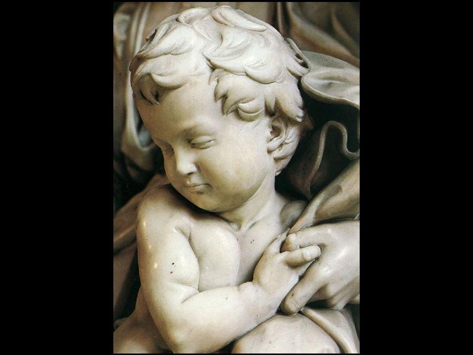 Também conhecida por Notre-Dame de Paris esta belíssima estátua foi trazida para a catedral da capela de st.