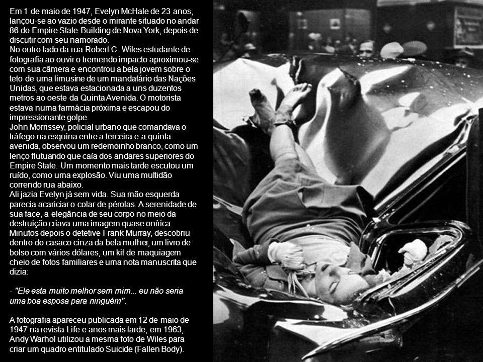 Guerra do Vietnã 1966 Ao contrário dos constrangimentos impostos a imprensa em conflitos subseqüentes como na recente guerra do Iraque, correspondentes e fotógrafos no Vietnã podiam acompanhar tropas para onde quer que eles fossem e não havia nenhuma censura.