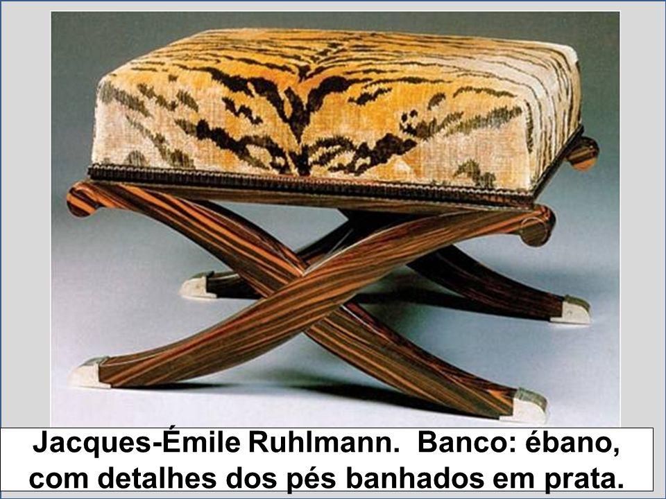 Jacques-Émile Ruhlmann. Banco: ébano, com detalhes dos pés banhados em prata.
