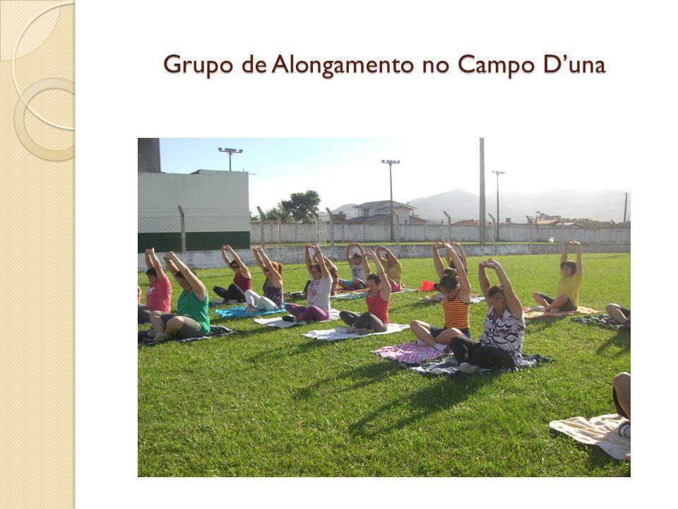 Grupo de Alongamento no Campo Duna