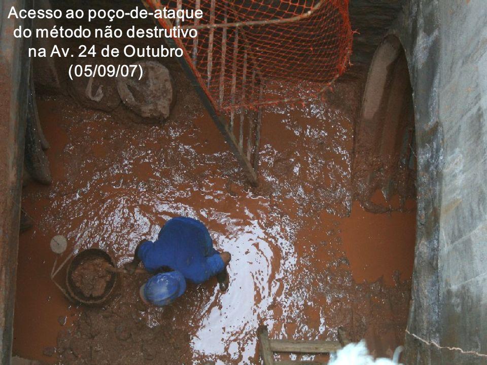 Acesso ao poço-de-ataque do método não destrutivo na Av. 24 de Outubro (05/09/07)