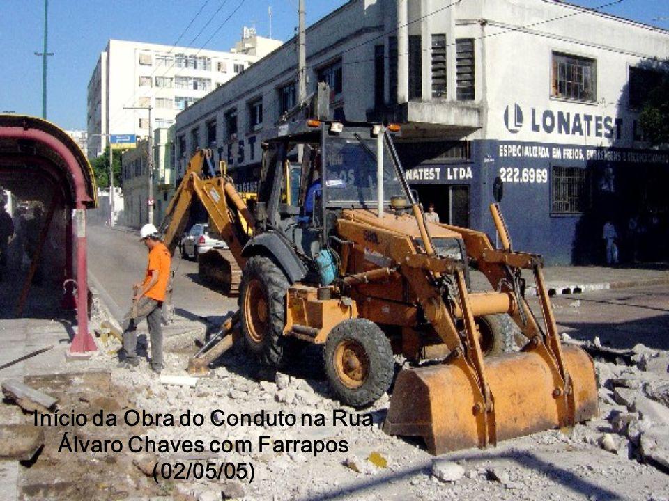 Conduto funcionou Conduto funcionou: foto da chuva do dia 27/03/08 mostra cruzamento da Rua Mata Bacelar com Xavier Ferreira sem alagamento