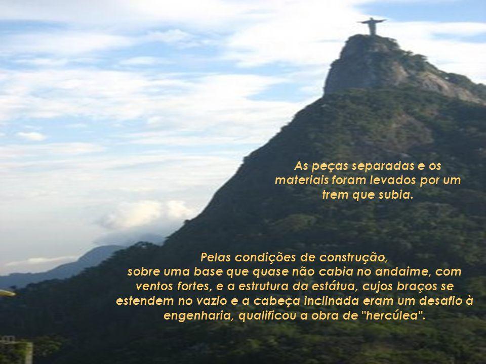 Para realizá-la fizeram uma coleta expontânea entre todos os habitantes católicos brasileiros, que conseguiram que, no ano de 1922 se colocasse a pedr