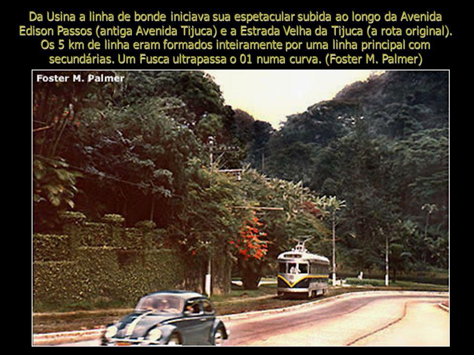 Por volta de 1960, a maioria das linhas de bonde do Rio havia acabado. Para celebrar o 400º aniversário da cidade, em 1965, a Companhia de Transportes
