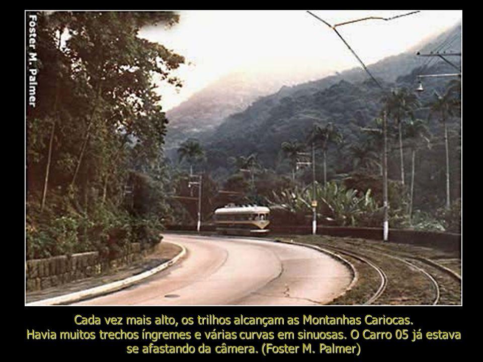 Da Usina a linha de bonde iniciava sua espetacular subida ao longo da Avenida Edison Passos (antiga Avenida Tijuca) e a Estrada Velha da Tijuca (a rot