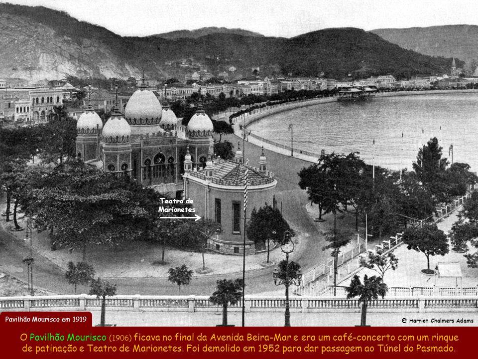 Av. Beira-Mar em Botafogo em 1906 Esta transformação urbanística deu tanto orgulho à população, que Coelho Neto cunhou em 1908 o apelido que iria para