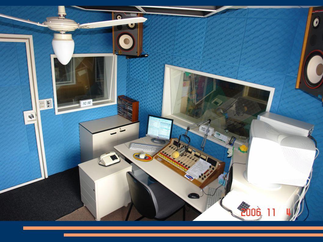 REDE MAISNOVA FM CAXIAS DO SUL - 98,5 GARIBALDI – 88,1 LAGOA VERMELHA – 104,3 MARAU – 94,7 PASSO FUNDO – 102,5 SOLEDADE – 99,1 VACARIA – 101,5 VILA FLORES – 93,7 maisnova.fm.br