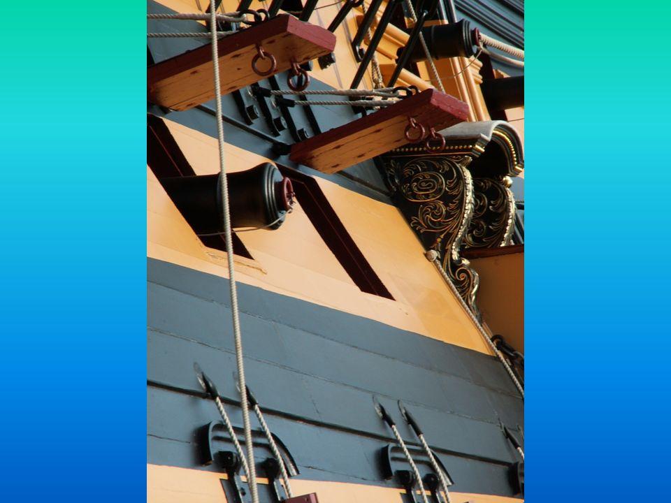 Em 1812 o Victory foi retirado do serviço activo e ancorado em Portsmouth, na costa Sul da Inglaterra, onde nos 110 anos seguintes desempenhou um conj