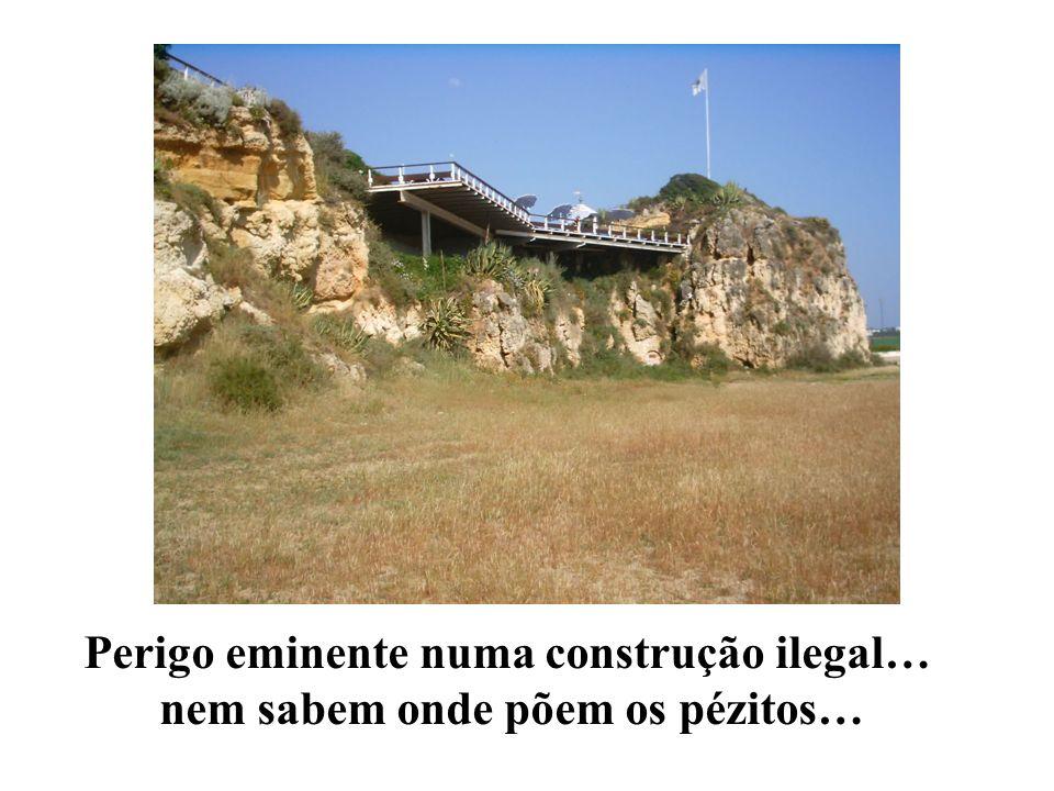 Construção ilegal nas falésias