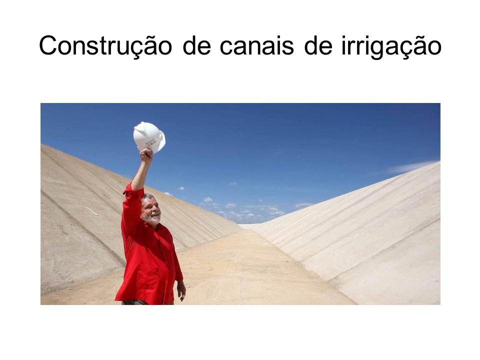 Construção de canais de irrigação