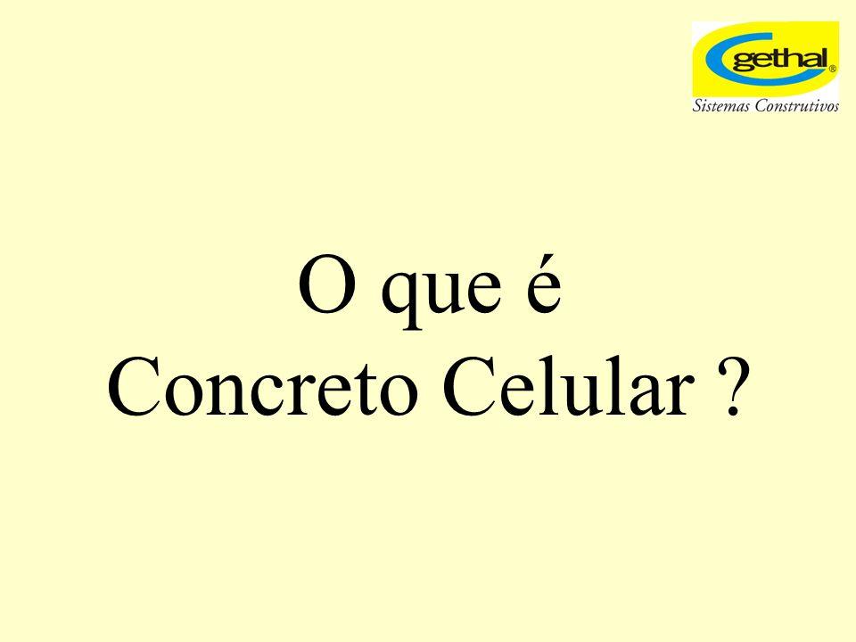 Concreto celular, também conhecido por concreto leve ou concreto celular espumoso (CCE) é um material composto por agregados convencionais (areia), cimento portland, água e pequenas bolhas de ar distribuídas uniformemente em sua massa.
