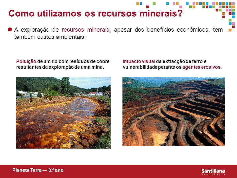 A exploração de recursos minerais, apesar dos benefícios económicos, tem também custos ambientais: Poluição de um rio com resíduos de cobre resultante