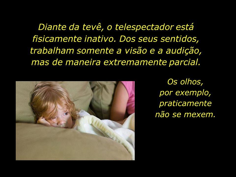 Pesquisa realizada com crianças de nove anos de idade, de escolas particulares da cidade de São Paulo, revelou que elas trocam, em média, seus aparelh