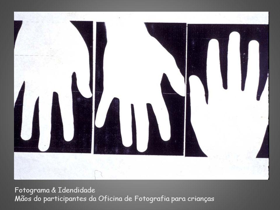 Fotograma & Idendidade Mãos do participantes da Oficina de Fotografia para crianças