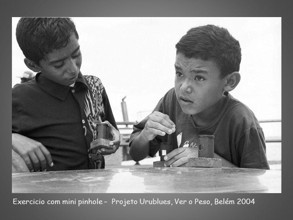 Exercicio com mini pinhole – Projeto Urublues, Ver o Peso, Belém 2004