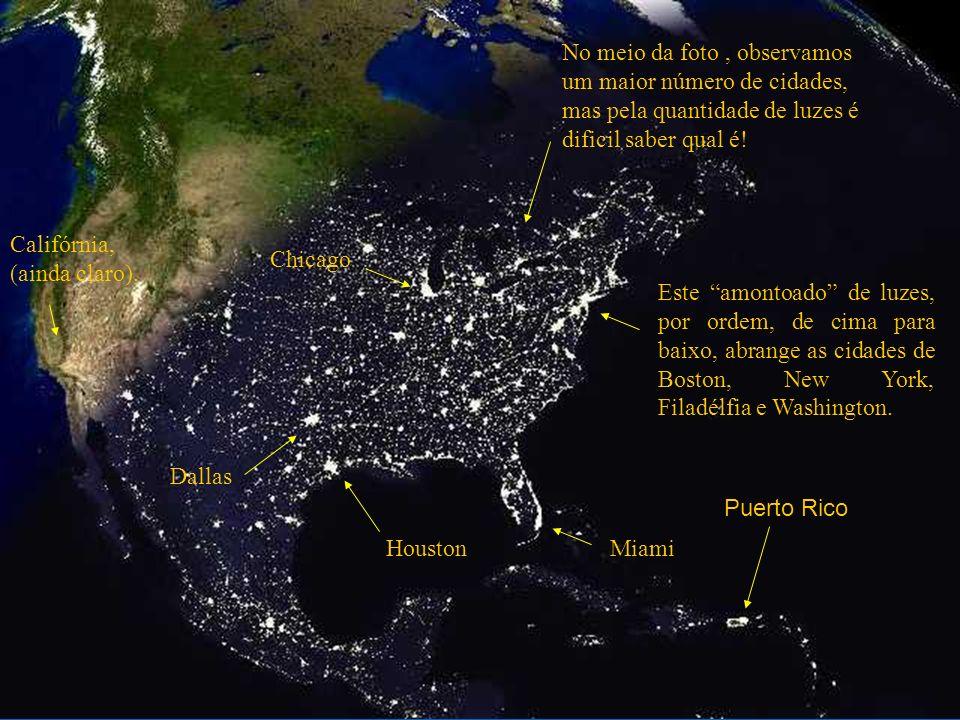 Esta foto dá-nos uma visão dos Estados Unidos ao anoitecer.