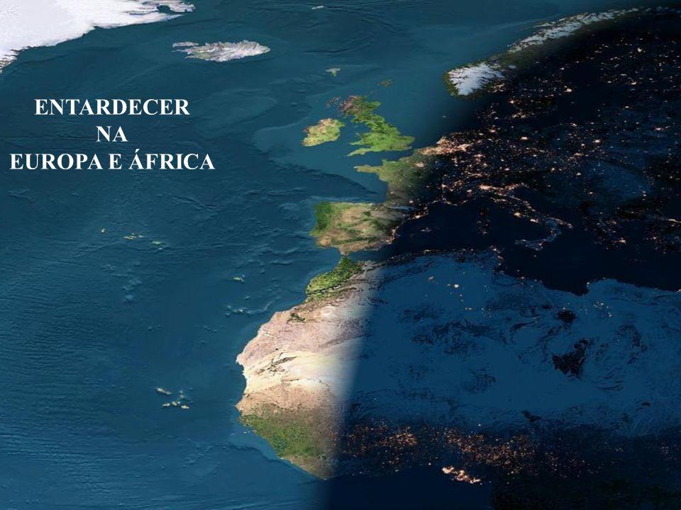 Pode ser vista a órbita da Lua em torno da Terra. 10 9 1 milhão de km