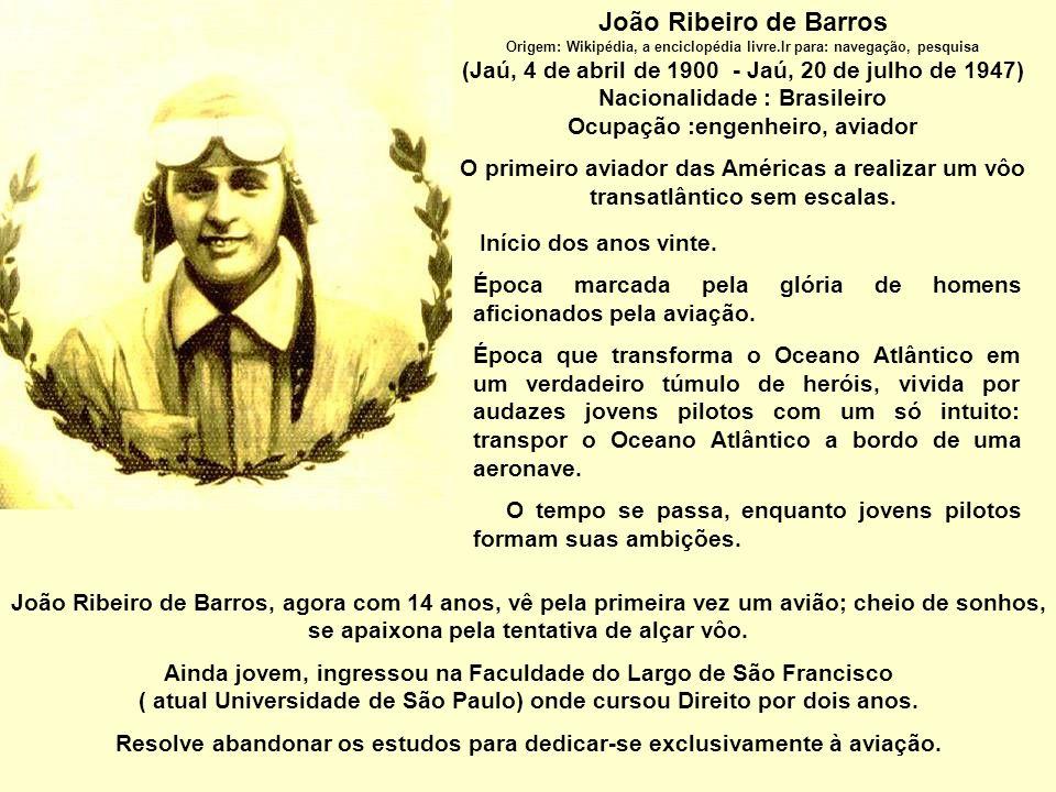 28 de Abril de 1927: João Ribeiro de Barros com seus companheiros registram pioneirismo na travessia aérea do Atlântico Sul, sem escalas, a bordo do hidroavião Jahú.