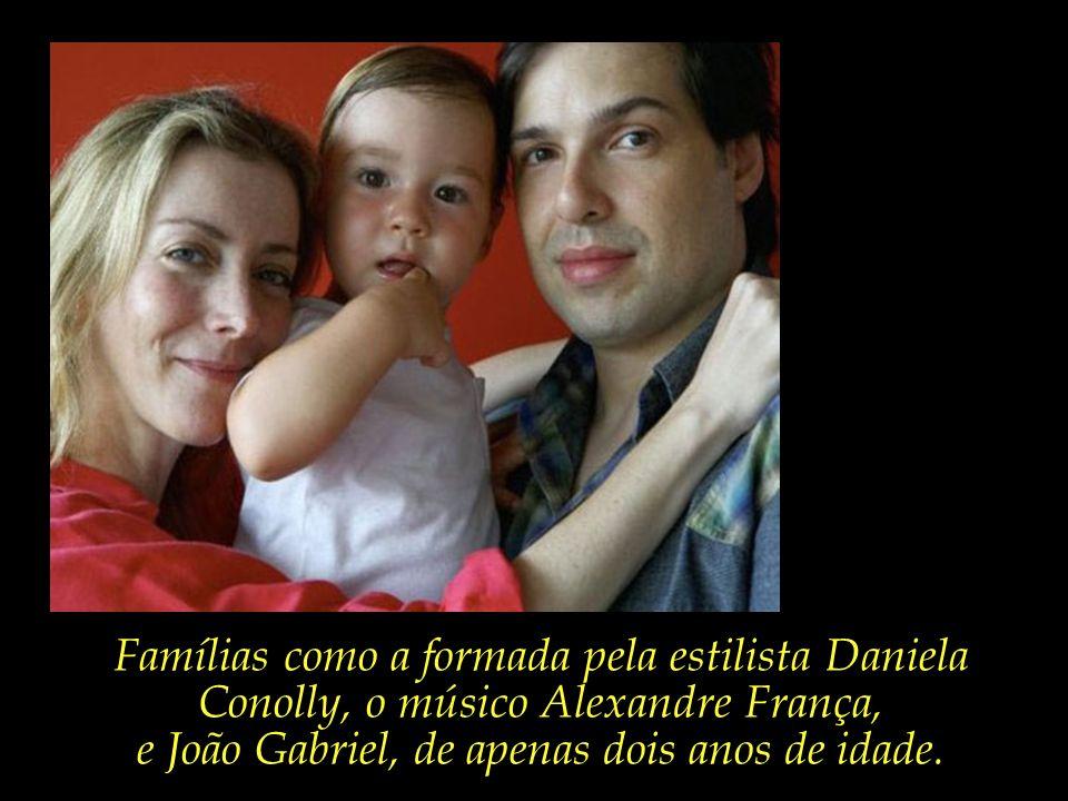 Famílias que num piscar de olhos deixaram de existir.