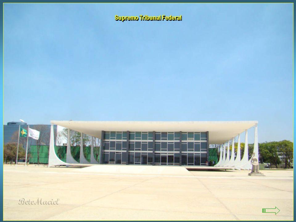 Museu da Cidade Idealizado por Lúcio Costa e projetado por Oscar Niemeyer, o museu foi concebido para preservar a história da construção da capital, s