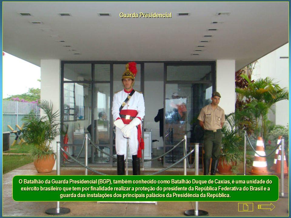 Palácio da Alvorada - Residência oficial do Presidente da República Capela O Rito dos Ritmos I aras