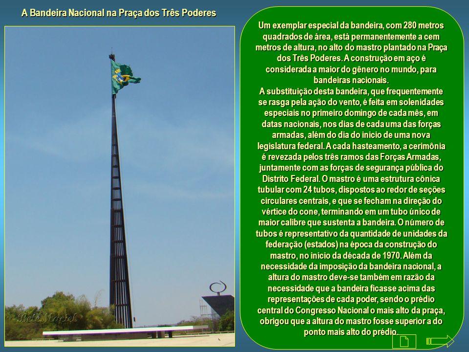 Panteão da Pátria e da Liberdade Tancredo Neves O panteão da Pátria e da Liberdade Tancredo Neves, foi projetado pelo arquiteto Oscar Niemeyer em 1985