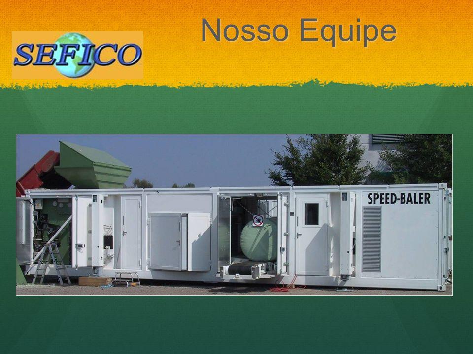 Fardos armazenados como unidades de combustível para uso em futuras plantas energéticas.