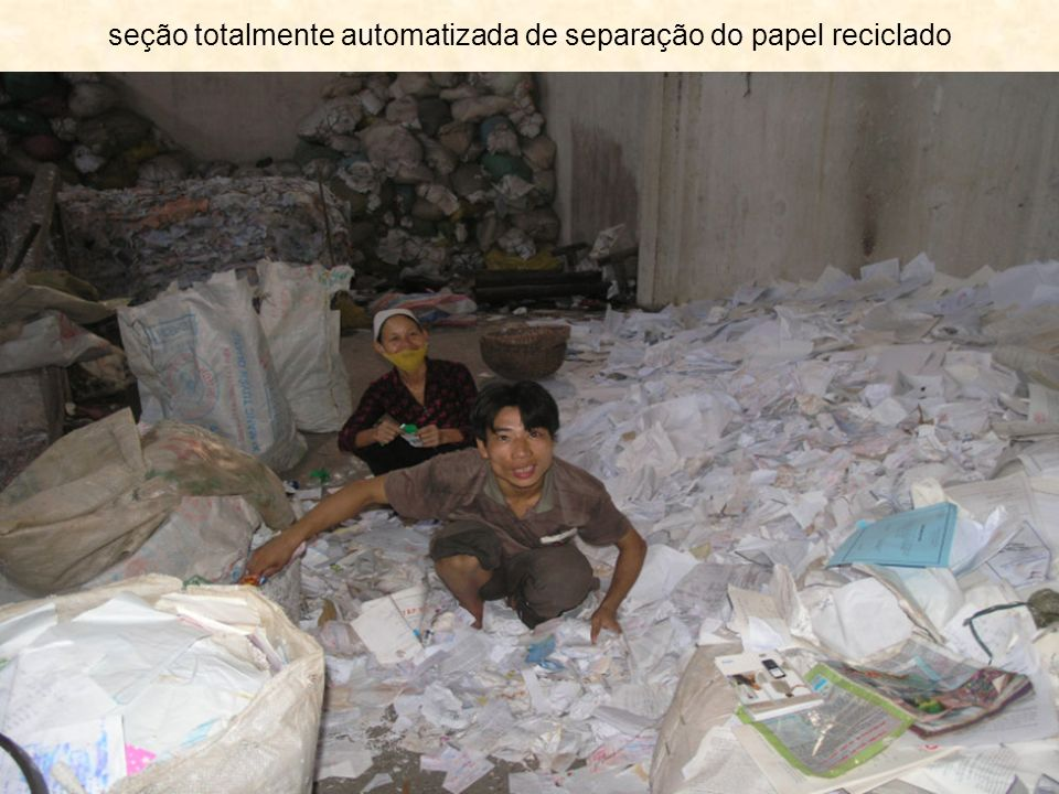 seção totalmente automatizada de separação do papel reciclado