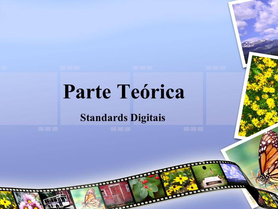Paulo CruzAplicações Informática A – 11º 5 Standards Digitais Referem-se aos formatos na digitalização e na reprodução de sinais vídeo, semelhante á digitalização e reprodução de áudio, já que também utiliza: –Amostragem –Quantização –Codificação