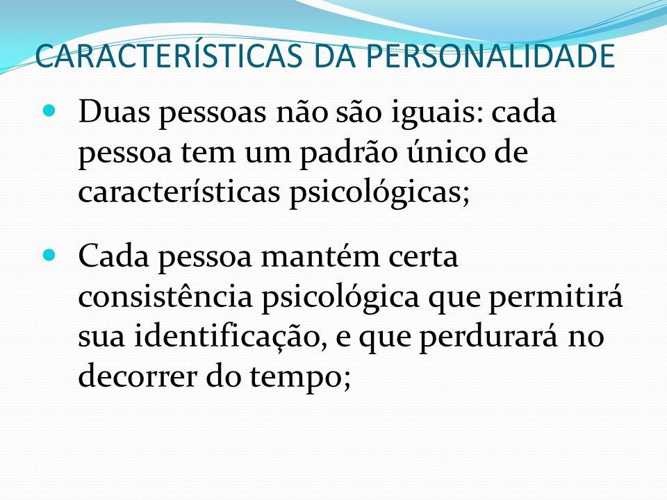 Para se compreender a personalidade não basta identificar traços psicológicos; é importante também entender como eles estão relacionados e como interagem um com o outro, isto é, como estão organizados; A personalidade (características psicológicas, a organização dessas características e suas propriedades) é um constructo inferido do comportamento observável