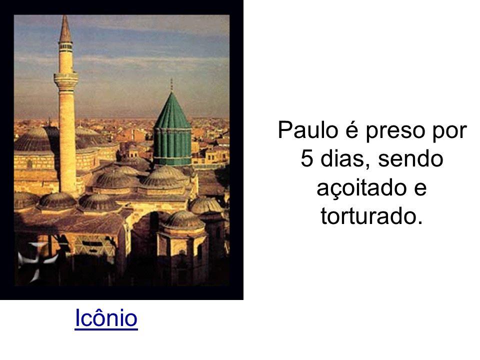 Icônio Paulo é preso por 5 dias, sendo açoitado e torturado.