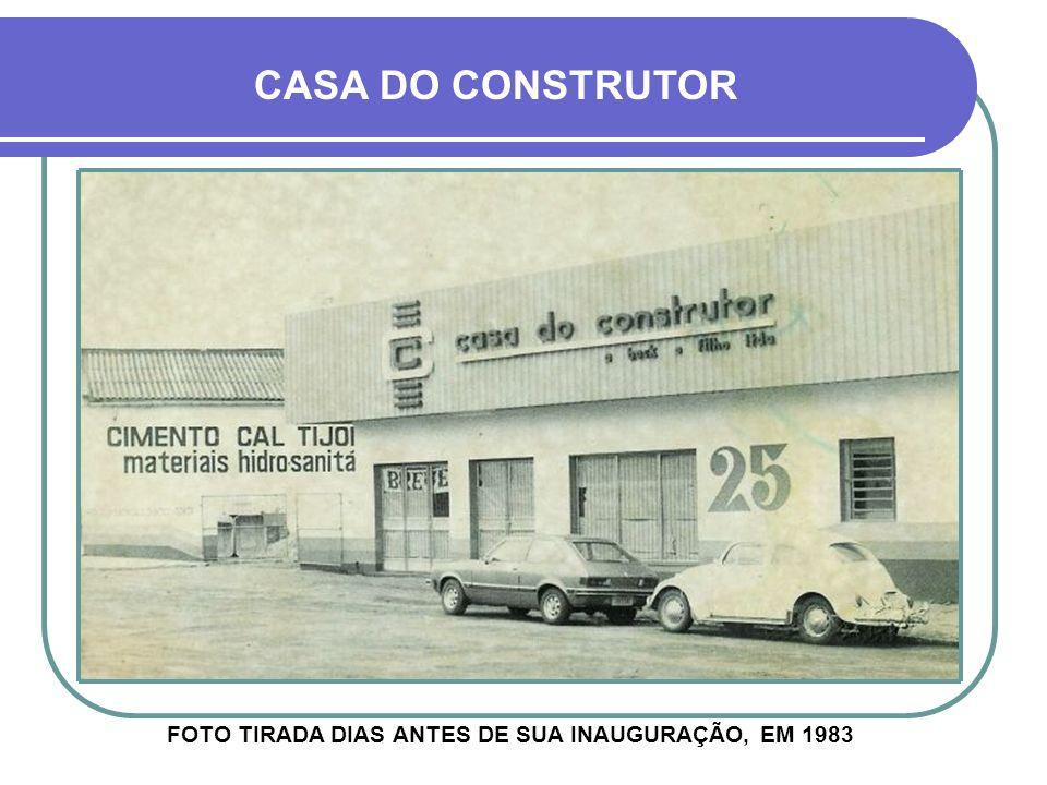 CASA DO CONSTRUTOR FOTO TIRADA DIAS ANTES DE SUA INAUGURAÇÃO, EM 1983