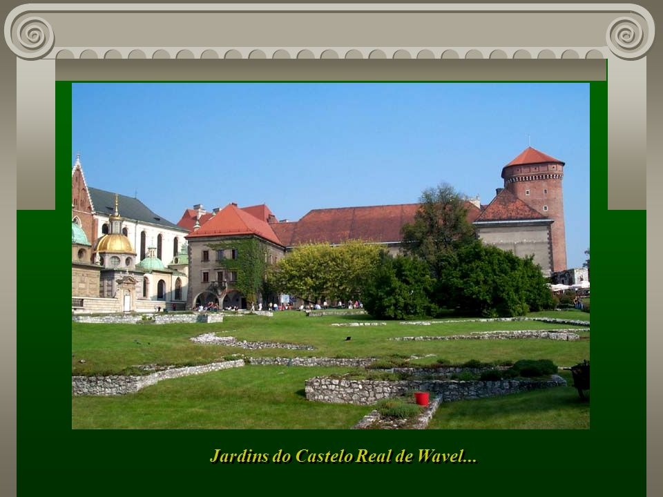 Portal de acesso à Colina de Wavel, marco histórico da cidade...