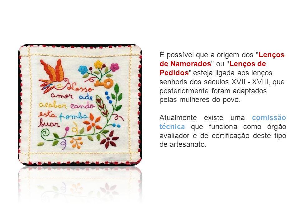 Os erros ortográficos que se encontram nas mensagens dos lenços antigos devem- se ao facto de serem uma transcrição fonética da pronúncia minhota feita por raparigas que tinham pouco domínio da escrita da língua portuguesa.
