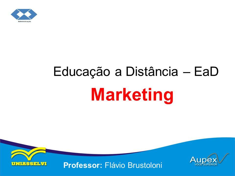4 Marketing como Filosofia Organizacional a) Foco no cliente: requer uma visão externa.
