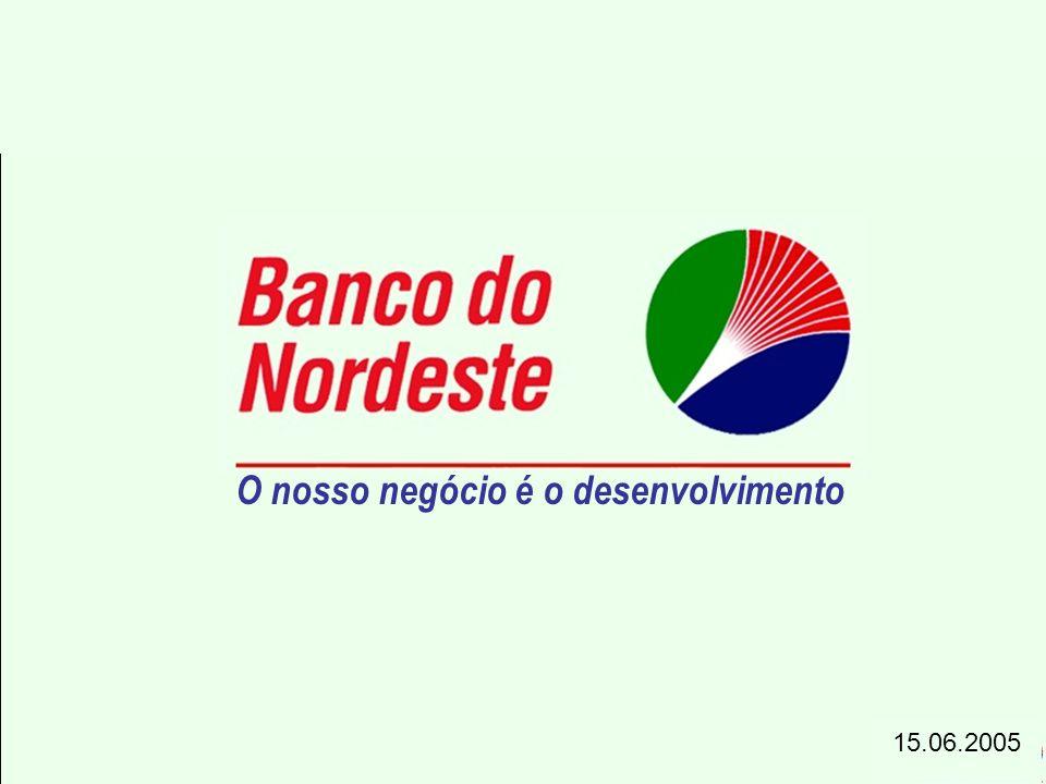 AnoFNE - Total % (1) FNE - Não PRONAF % (1) FNE- PRONAF % (1) 20021.30466,81.04153,378140,0 20031.34468,91.13558,177139,5 20041.90197,41.56680,21.76790,5 Municípios com operações (1) % em relação a 1.952 municípios pertencentes à área de atuação do FNE FNE - Distribuição Territorial