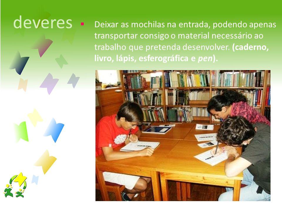 zona de atendimento Registo da presença, apresentando o cartão de estudante e indicação da(s) ação(ões) que pretende desenvolver.