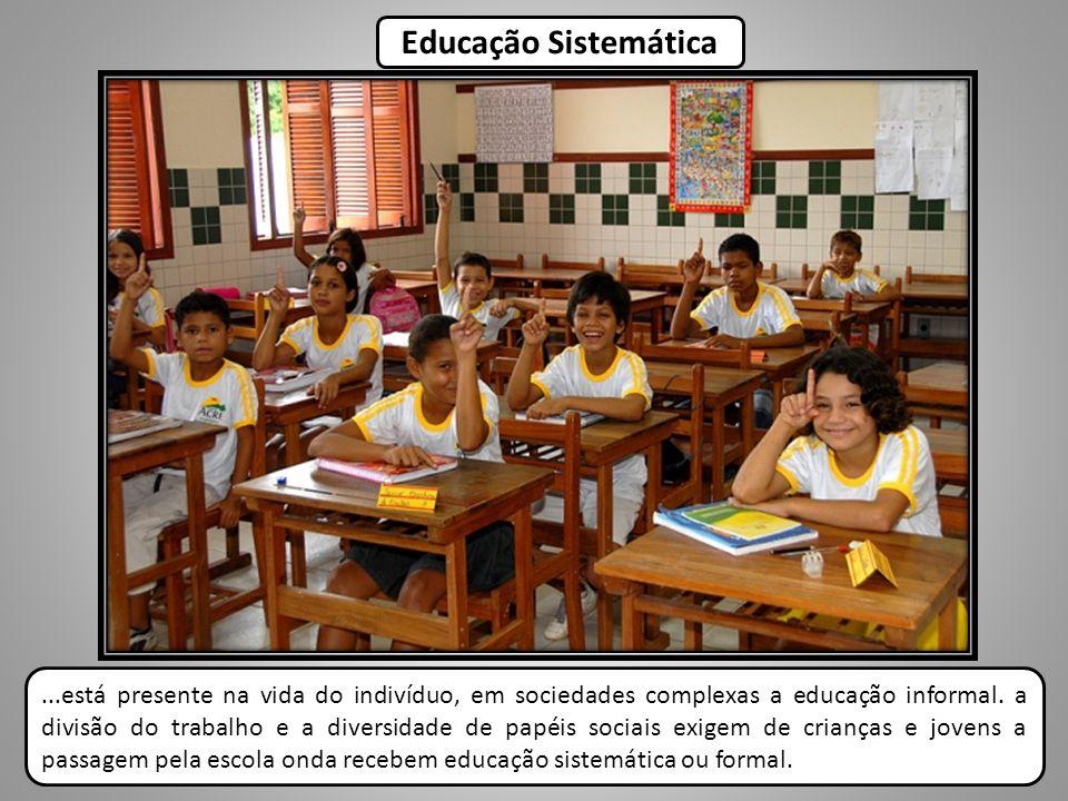 De acordo com o artigo 3° da lei n° 9394/96, o ensino será ministrado com base nos seguintes princípios: I.