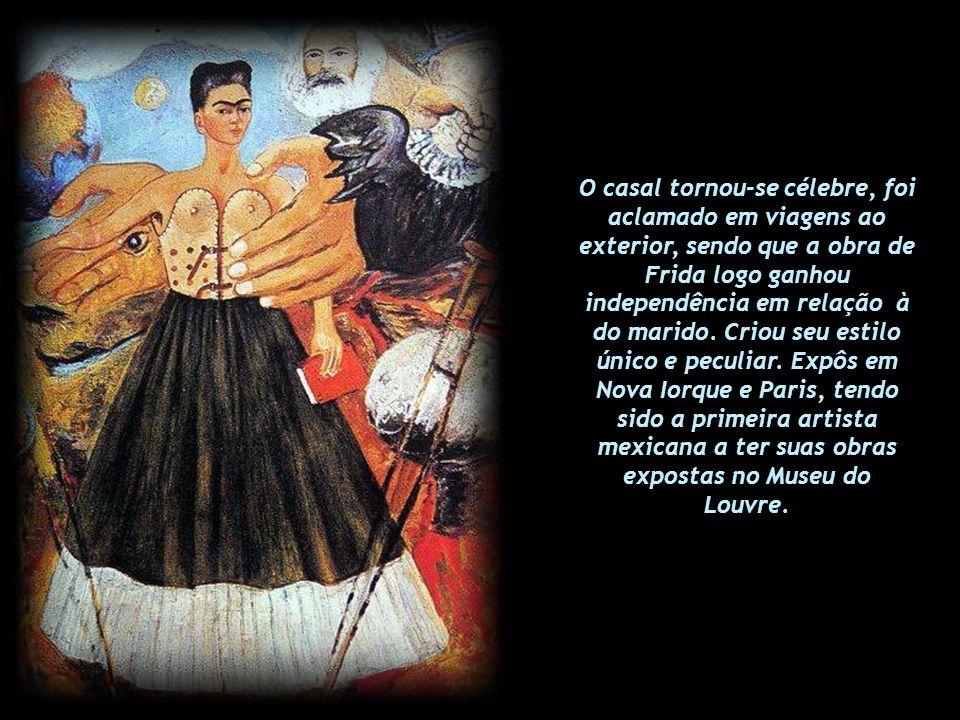 Foi ainda de Diego Rivera a idéia de que Frida se vestisse com as roupas tradicionais folclóricas que, junto com as sobrancelhas e buço espessos, tran