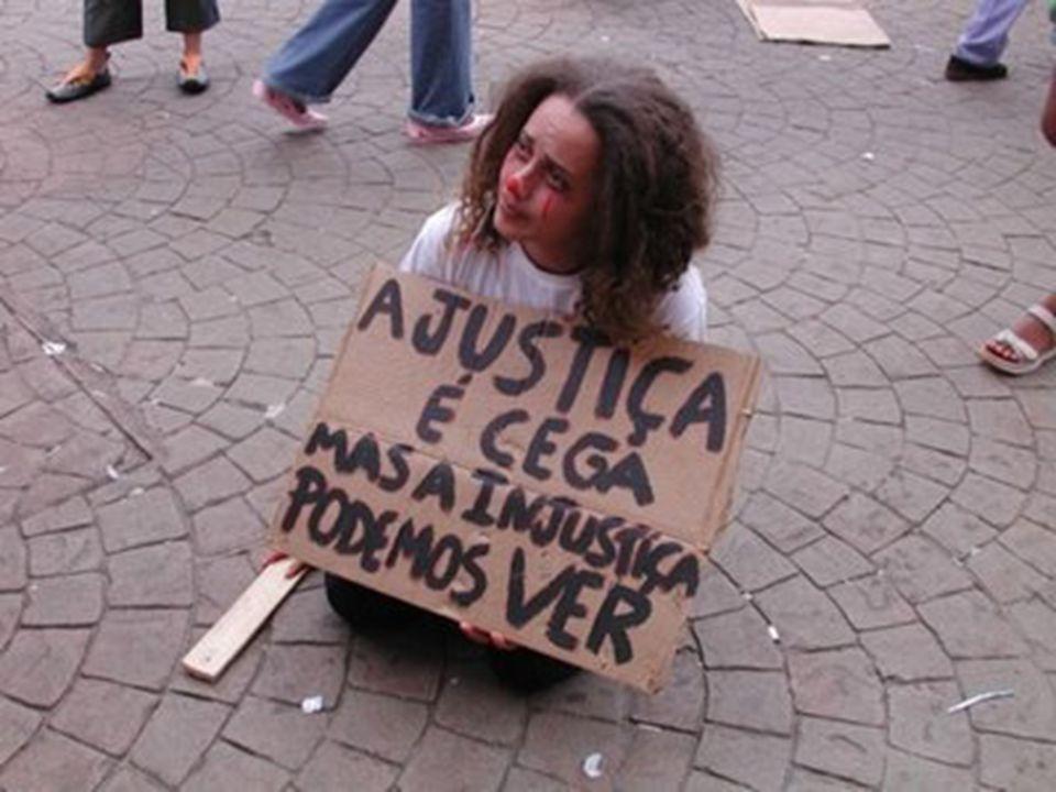 Não existe outra via para a solidariedade humana senão a procura e o respeito da dignidade individual. Pierre Nov