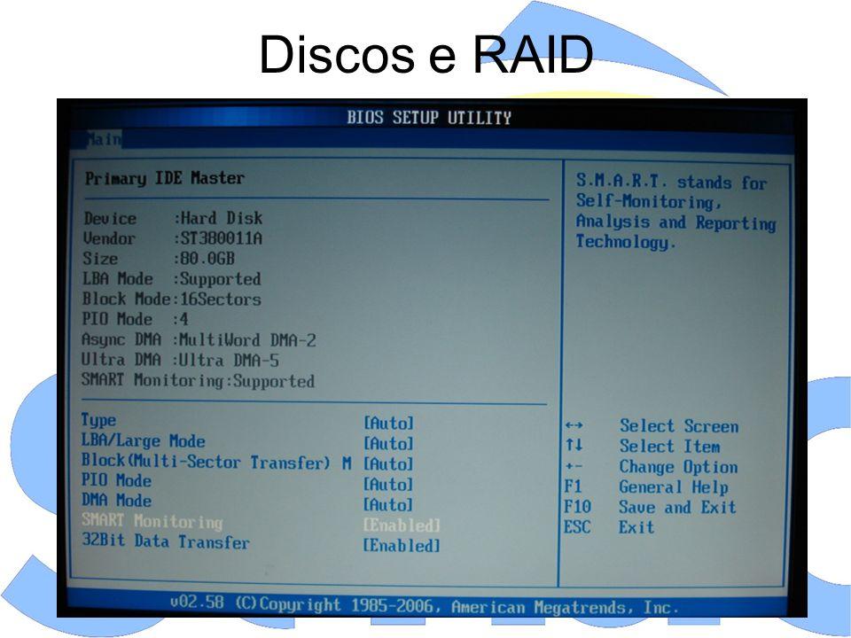 Memória - Opções Memory Voltage (ou DDR Voltage Control): Os módulos de memória DDR2 e DDR3 utilizam, respectivamente, 1.8V e 1.5V.