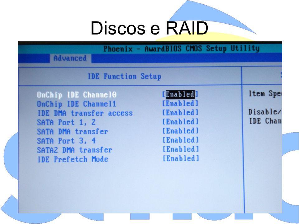 Componente Integrados Onboard Parallel Port Address, Parallel Port Mode, Parallel Port IRQ: permite alterar os endereços I/O e IRQ nos casos em que há mais de uma porta paralela, além de permitir alterar o modo de operação para Normal (mais lento), EPP, ECP e EPP+ECP, sendo o ECP o mais rápido e com menor utilização do processador, devido ao uso de DMA