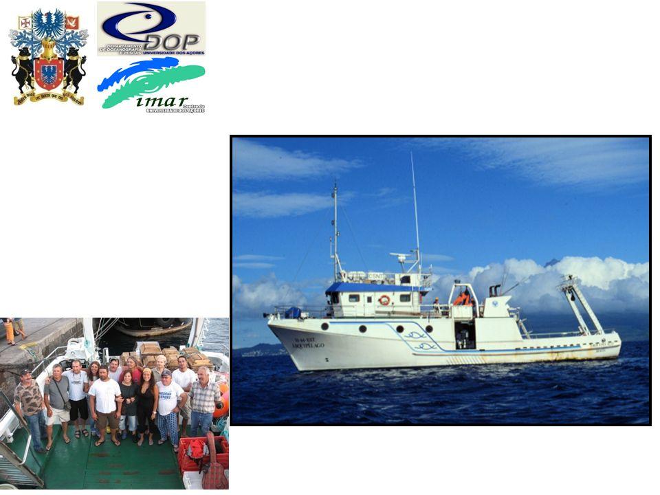 Plataformas - navios Embarcação de 26m preparada para investigação em pescas e oceanografia. R/V Arquipélago construído em 1993