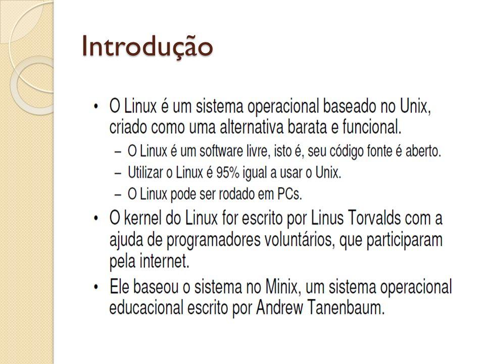 Primeiros passos Sistema inicializando – interface do GRUB Veja que no boot o sistema mostra os kernel disponíveis para uso.