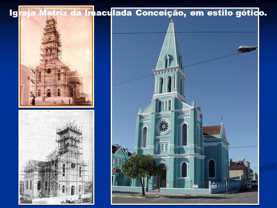 Igreja Matriz da Imaculada Conceição, em estilo gótico.