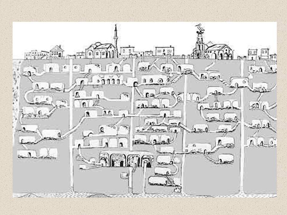 Os arqueólogos começaram a estudar esta fascinante cidade subterrânea abandonada. Conseguiram chegar aos quarenta metros de profundidade, acreditando-